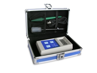 Bluelab Soil pH Meter - A rugged, reliable and affordable soil pH meter.